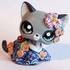 Traditional Japanese Geisha kitty