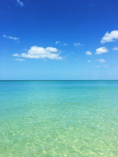The crystal clear sea in Naples, Florida