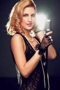 Videók > Listák > Zene - 3. oldal Celebs, Celebrities, Celebrity, Famous People