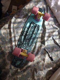 Sharpie drawing on a pastel penny board Board Skateboard, Penny Skateboard, Longboard Design, Skateboard Design, Skates, Nickel Board, Long Skate, Skate Girl, Cool Skateboards
