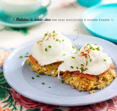 Bolinhos de batata-doce com ovos escalfados e salmão defumado - Dias com Mafalda
