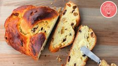 This sweet easter bread is rich with tradition, symbolism, and treasured ingredients, Easter breads figure prominently in many cultures& celebrations. Paska Bread Recipe, Easter Bread Recipe, Easter Recipes, Bread Recipes, Easter Ideas, Easter Buffet, Roast Beef Recipes