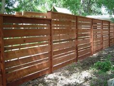 View wooden fences installed by Viking Fence in Austin, Texas. Interested in a wood fence or fencing materials? Wood Fence Design, Modern Fence Design, Privacy Fence Designs, Front Yard Fence, Diy Fence, Fence Landscaping, Fence Ideas, Cerca Horizontal, Horizontal Fence
