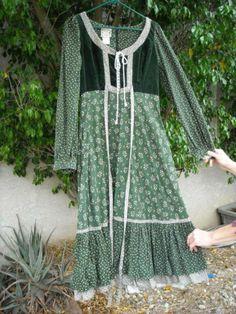 "70's Vintage Gunne Sax Green Lace Up Bodice Dress 36"" Bust 29"" Empire Waist | eBay"