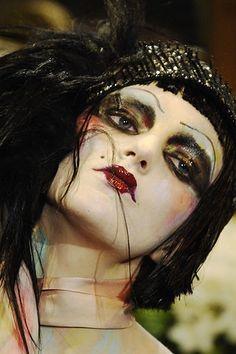 Ultra Dramatic Boudoir Doll Makeup