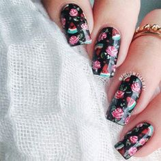 27 Trendy Black Nails Designs for Dark Colors Lovers Black Nail Designs, Nail Art Designs, Nails Design, Great Nails, Cute Nails, Rock Kunst, Nail Art Vernis, Golden Nails, Nail Pops