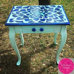 #unicornspit #littlebeandesigns #love #funky #furniture #functionalart #end #table #diy #hgtv #dhalia #pinwheel #boho #bohemian #chic #interior #decor #accentpiece #conversationpiece #easternshore #delaware #handpainted