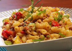 Bulgur Salad, Food Items, Pasta Salad, Potato Salad, Macaroni And Cheese, Potatoes, Ethnic Recipes, Red Peppers, Crab Pasta Salad