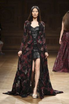 Tony Ward Couture Fall Winter 2014 Paris