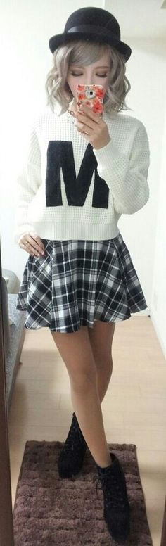 great patterm mix n colours...sooo cute love the hair colour..perfect outfit for casual outting ;) <3