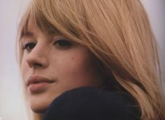 Marianne Faithfull, 1966. © Photos by Jean-Marie Périer.