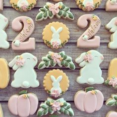 Bunnies and pumpkins for a perfect birthday 💕 First Birthday Cookies, Bunny Birthday, Fall Birthday, 2nd Birthday Parties, Baby Cookies, Baby Shower Cookies, Easter Cookies, Halloween Cookies, Holiday Cookies