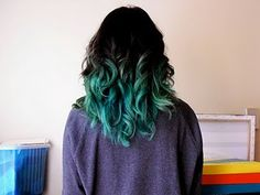 I miss having turquoise an black hair. Must do again!