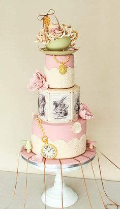 So cute!! Vintage cake style.