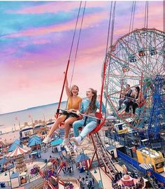 Discovered by V͙e͙n͙u͙s͙. Find images and videos about girl, aesthetic and smile on We Heart It - the app to get lost in what you love. Park Pictures, Bff Pictures, Best Friend Goals, Best Friends, Pier Santa Monica, Summer Goals, Best Friend Pictures, Summer Aesthetic, Amusement Park
