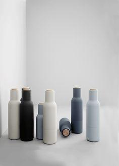 Menu - Salt og peberkværne - sort/hvid - gratis fragt