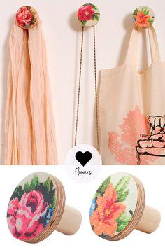 Flower wall hooks