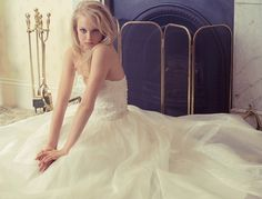 I love this tulle and lace wedding dress