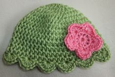 Sheep of Delight: Scallop Edging and Hat: Free Pattern and New Technique