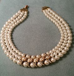 VTG NAPIER FAUX PEARL COUTURE NECKLACE GOLD PLATED CLASSIC TRIPLE STRAND #Napier #Choker