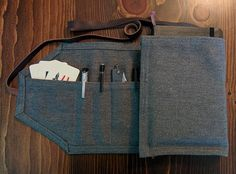 В этой статье мы расскажем, как сшить органайзер из ткани своими руками. Проект несложный и не потребует от вас серьезных навыков в шитье