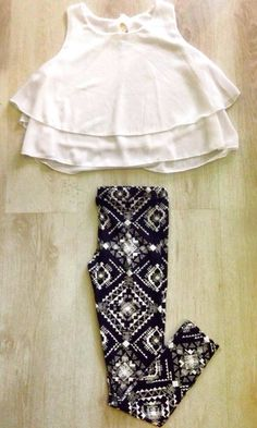 Outfit camicia larga disponibile in vari colori, leggins optical bianco e neri