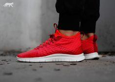 Nike Free Hypervenom 2 FS (Gym Red / Lite Crimson - Ivory)