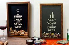 conjunto-quadros-de-rolha-e-de-tampinhas-drink-wine-e-drink-beer-marrom