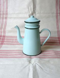 Vintage French Enamel Coffee Pot with Lid by FrenchVintageShop, €30.00