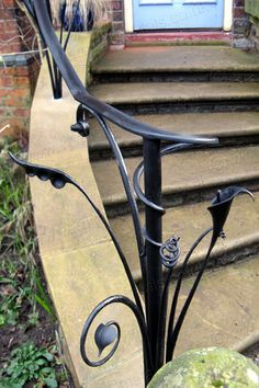 expressive and characterful organic detailing Wrought Iron Stairs, Iron Stair Railing, Staircase Railings, Staircases, Step Railing Outdoor, Outdoor Stairs, Outdoor Handrail, Railing Ideas, Metal Handrails