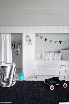 mommo design: HIDEAWAY BEDS (great closet/bed solution for our funky ceilings) Hideaway Bed, Deco Kids, Kid Spaces, Kid Beds, Bunk Beds, My New Room, Girls Bedroom, Attic Bedroom Kids, Bedroom Decor