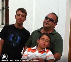 Sin duda alguna me llevaría a mi familia, no podría soportar tener que huir y dejarlos a ellos atrás.   - Rosa Laviña from España   - Visit 1family: http://www.unhcr.org/1family
