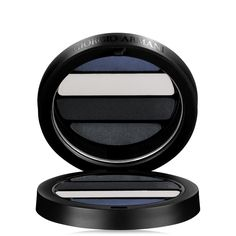 I'll also be testing out the their maestro eye shadow quad #1 Ocean - The intense and changing colors of the sea (deep gray, black, white, & blue marine)