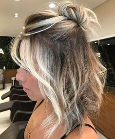 17 Of The Classy Half Updo Medium Hairstyles With Blonde Highlights for Women