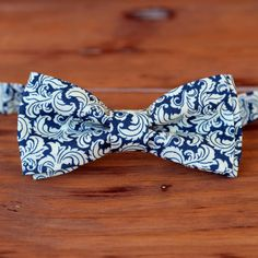 Mens navy blue bow tie  blue cream mens floral bow by becauseimme