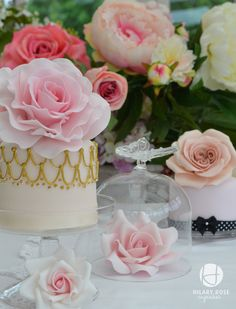 Cake by Hillary Rose cupcakes. Check the website out, lots of gorgeous cakes but she does not allow sharing. Hope she will be okay with the sharing of this, since the credit and link is here