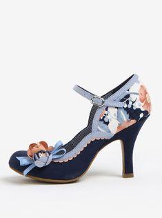 Lodičky, které dodají stabilitu v rozbouřeném oceánu módních vln.  Typ:vzorované lodičky s květinovou aplikací Barva:modrá, krémová,...