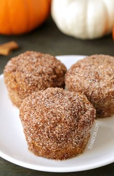 Cinnamon sugar pumpkin muffins lightly sweetened with maple syrup {vegan, dairy-free, 100% whole wheat}