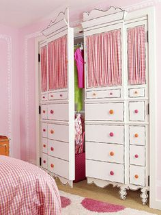 Closet doors.... I am so doing this for my daughters room with zebra striped curtains and black or pink knobs...or both. LOVE LOVE LOVE
