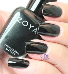 Zoya Willa - Zoya Wishes Collection. Black Nail Polish, New Nail Polish, Nail Polish Colors, Holiday 2014, Nail Polish Collection, Fabulous Nails, Holiday Nails, Nail Arts, Winter Holidays