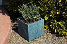 DIY CONCRETE:: Planter Box by CHENG Concrete