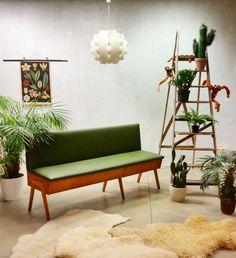 Mid century vintage design sofa, vintage design klepbank. www.bestwelhip.nl