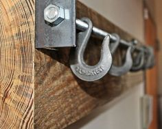 DIY Wood Working Projects: Reclaimed Wood Industrial Coat Rack