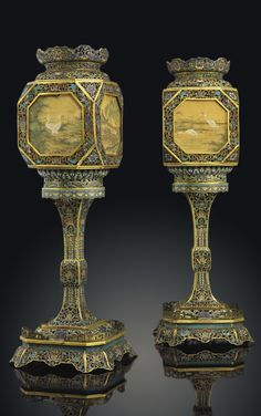 Chinese Element, Chinese Art, Phoenix Art Museum, Chinese Lanterns, Mason Jar Wine Glass, Culture, China, Antique Toys, Silk Painting