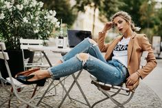 Why I weren't in New York for Fashion Week | outfit style: casual, french, cute, basic, effortless chic | other stuff featured: cafe, cola, Berlin, macbook, work