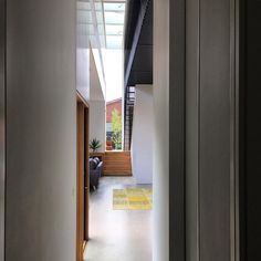 Incision plane #incisionhouse #architectseat #familyhome @andya68 @shannonmcgrath7 @miramartinazzo by architectseat