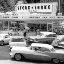 Buy this book about the glory days growing up in St. See your favority hangouts and photos from Ferguson & Florissant suburbs. Vintage Diner, Vintage Restaurant, Fifties Diner, Decatur Illinois, Danville Illinois, Canton Illinois, Central Illinois, Old Photos, Vintage Photos