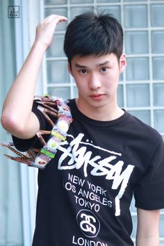 peakpeemapol 2 make it right the series Book And Frame, Hot Asian Men, Addicted Series, Boys Like, Thai Drama, My Memory, Series Movies, Actors & Actresses, Hot Guys