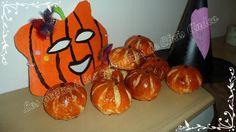 """Voici une idée sympa pour fêter Halloween et les offrir aux enfants qui passeront chez vous fêter l'événement … ça changera des bonbons !!! Pour réaliser environ une dizaine de brioches, il vous faudra : - 1 sachet de levure """"Préparation pour pâtes briochées..."""