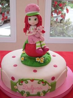 What do you think? Strawberry Shortcake Pictures, Strawberry Shortcake Birthday, Strawberry Cakes, Fondant Cakes, Cupcake Cakes, Pinterest Cake, Baby Girl Cakes, Happy Birthday Cakes, Party Cakes